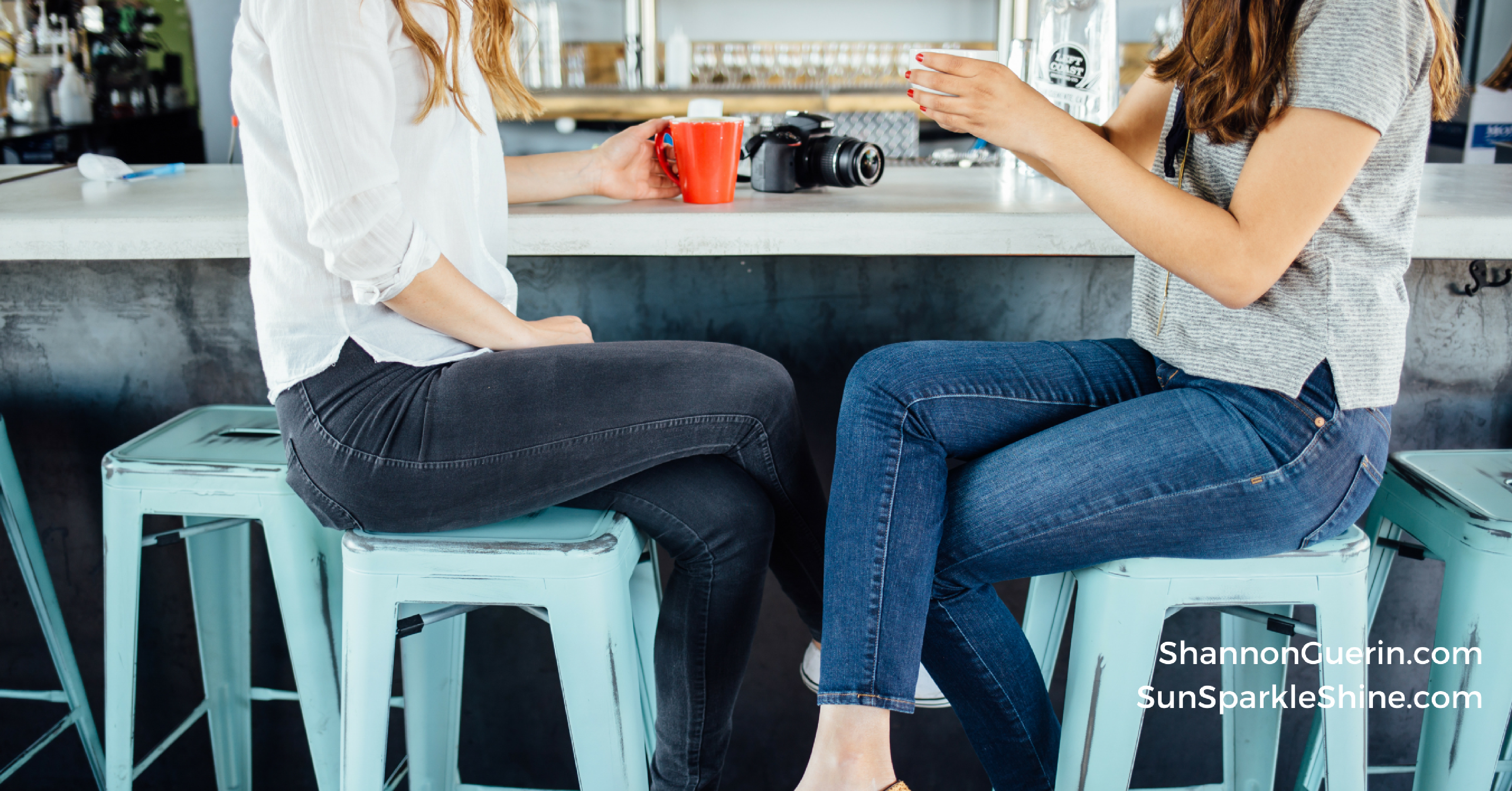 Are you seeking lasting friendships? We all have friendship goals. Here's the number one way to achieve them and the one thing that's been holding you back.